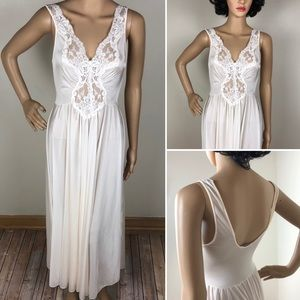 Vintage Lorraine Nightgown Chemise Negligee Lace